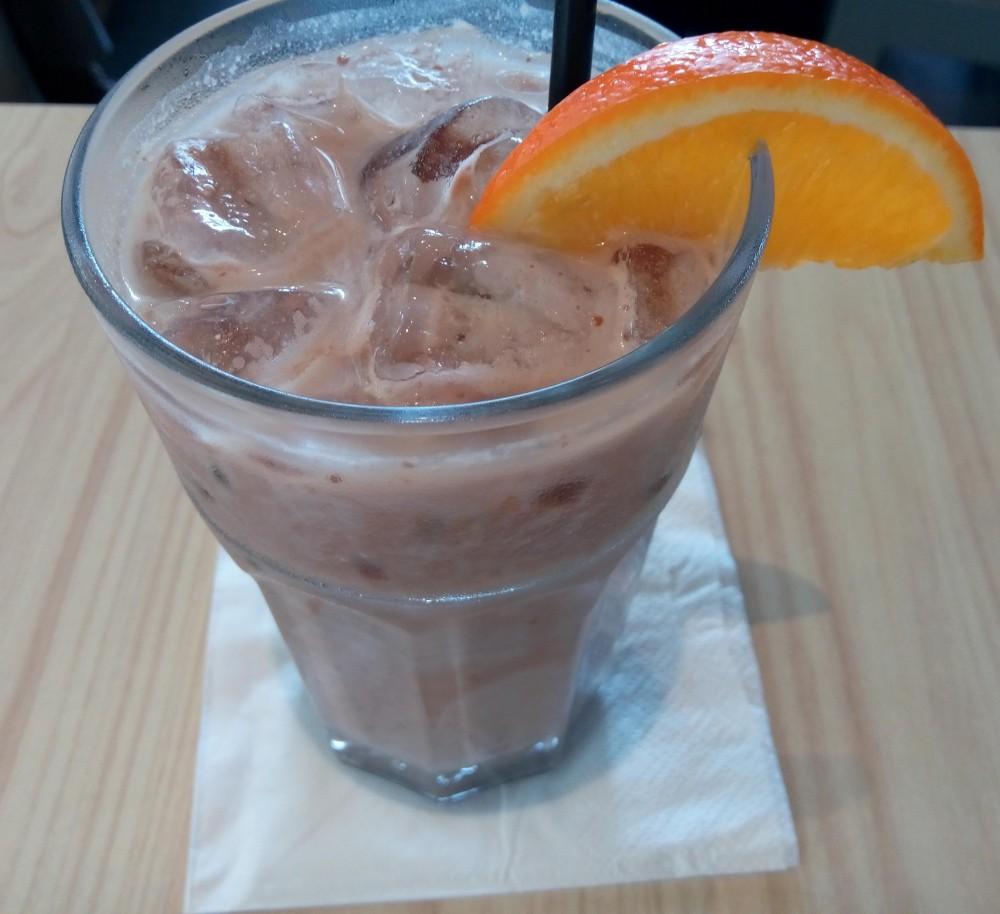 Minuman Choco Orange a la Cozyfield Cafe yang menyehatkan